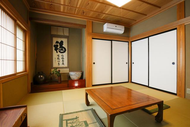 季心里の和室を左から撮った写真