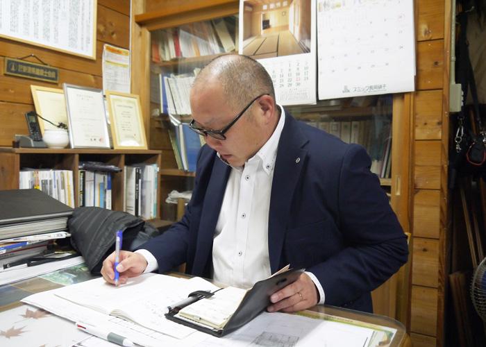 長谷川 貴志さんの仕事風景の写真