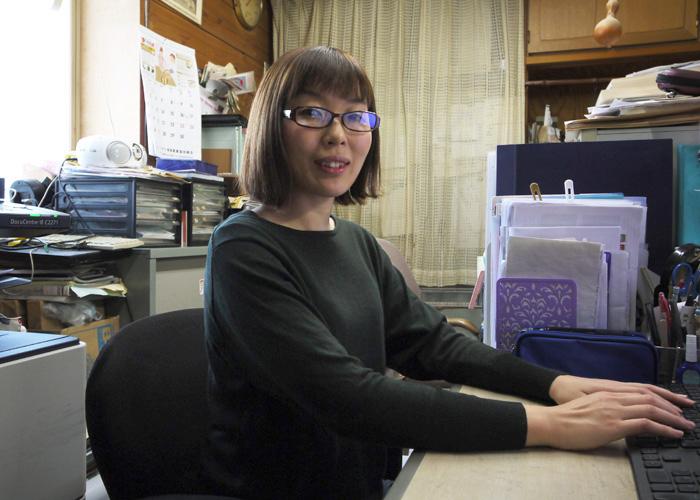 長谷川 智美さんの正面写真