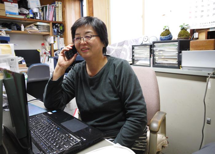 長谷川 裕美子さんの仕事風景の写真